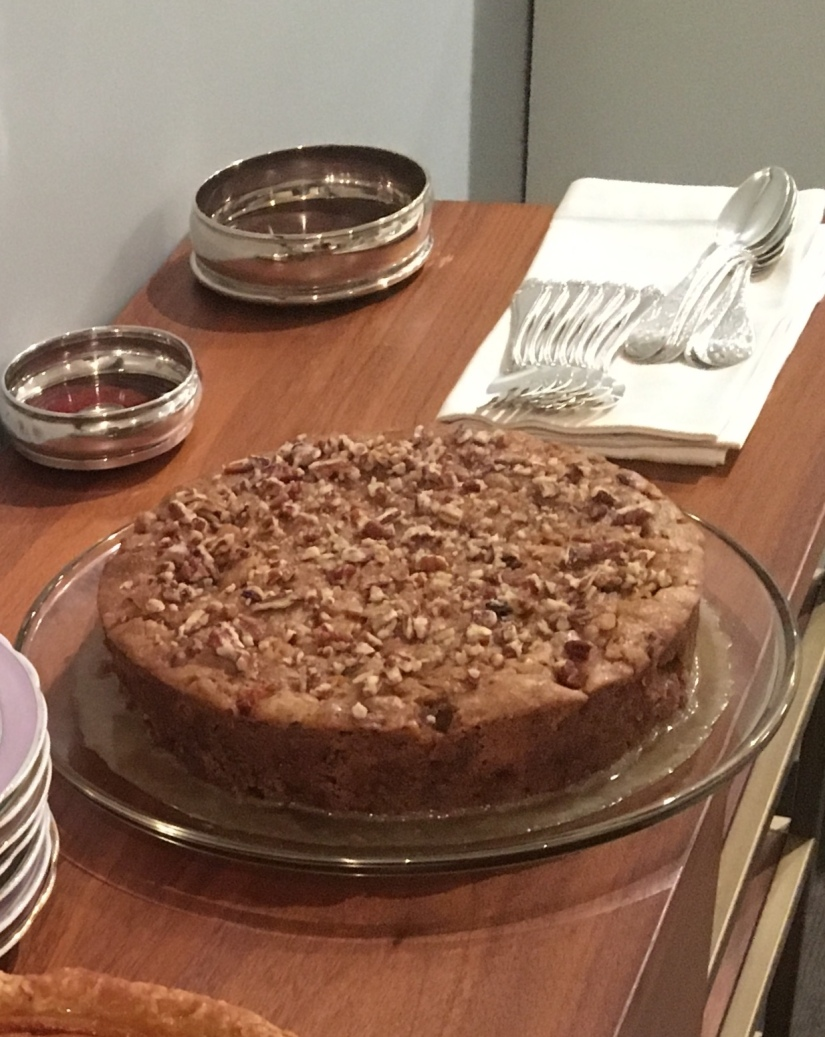 Apple Pecan Cake